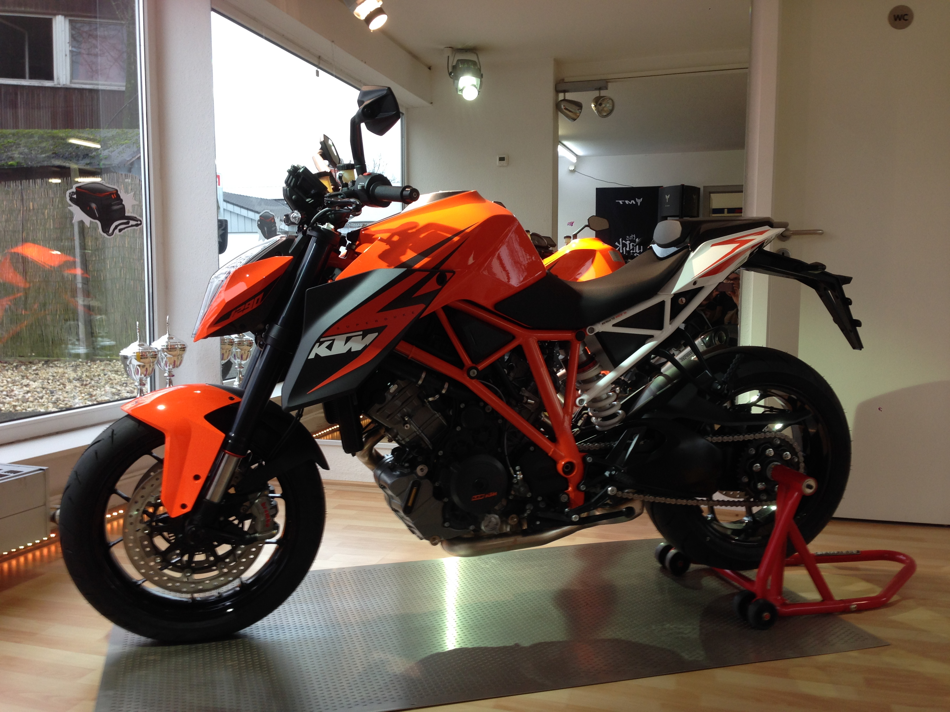 La KTM Super Duke 1290R Image
